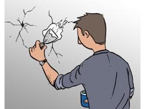 Nettoyer et préparer les fissures du mur